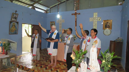 Blessing of village house in Myanmar 450
