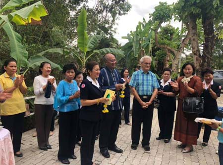 Governor visits Thai mission 2018 450