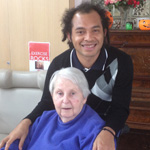 Laurens-with-elderly-lady---150