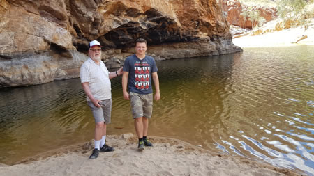 Nick de Groot and Maciej in Central Australia 450